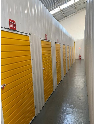 Box self storage